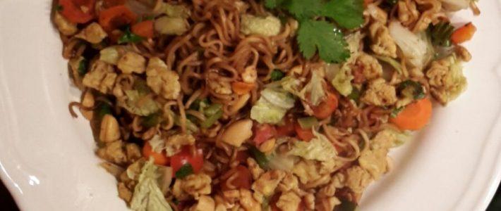 Nouilles chinoises aux légumes & oeufs